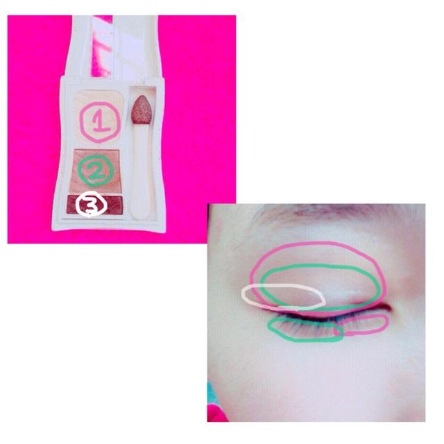 アイシャドウはFASIOのBE_1のカラーで、画像のようにのせていきます。 涙袋には⓵⓶を使います。
