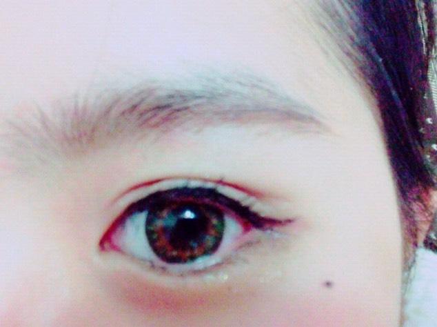 まず下地!2重→シャドウ→→アイライン→マスカラ→眉毛→チーク→リップ こんな感じです!