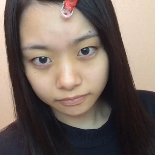 半顔メイク(ゆきだるま編)のBefore画像