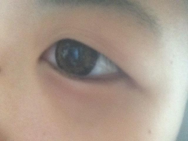 カラコン入れた状態の目です⸜(  ⌓̈ )⸝