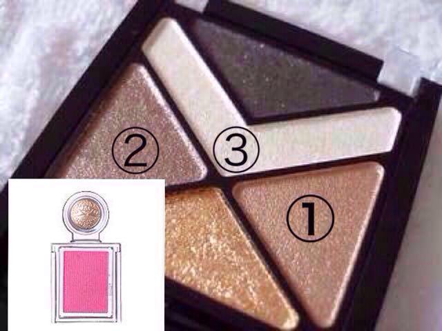 メイベリンのハイパーダイヤモンドシャドーの①②③とマジョリカマジョルカのシャドーカスタマイズPK421を使います。