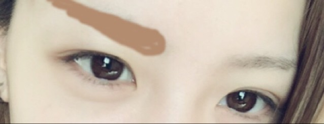 眉毛はなるべく 目に近づけて 太く! つり眉の方が キリッとして見えるよ^_^