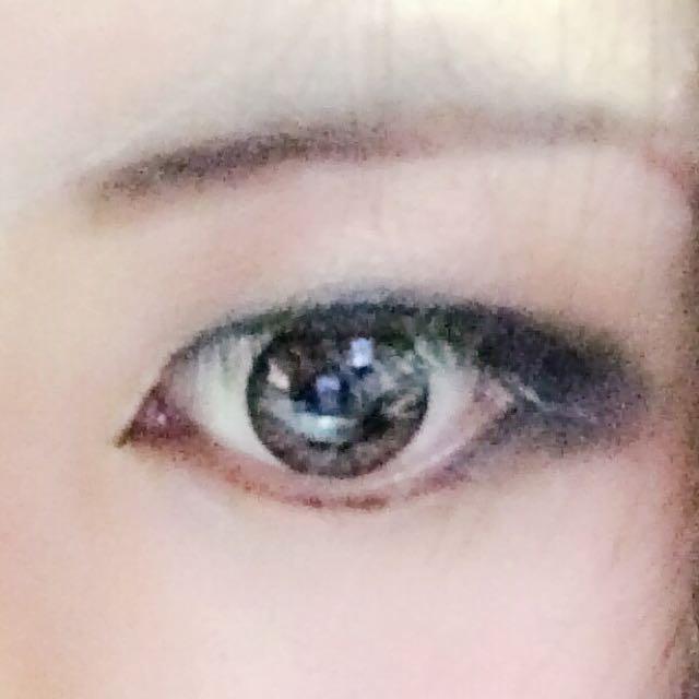 こんな感じで目細工完成。 眉毛もかけばそれっぽいっすね(?)