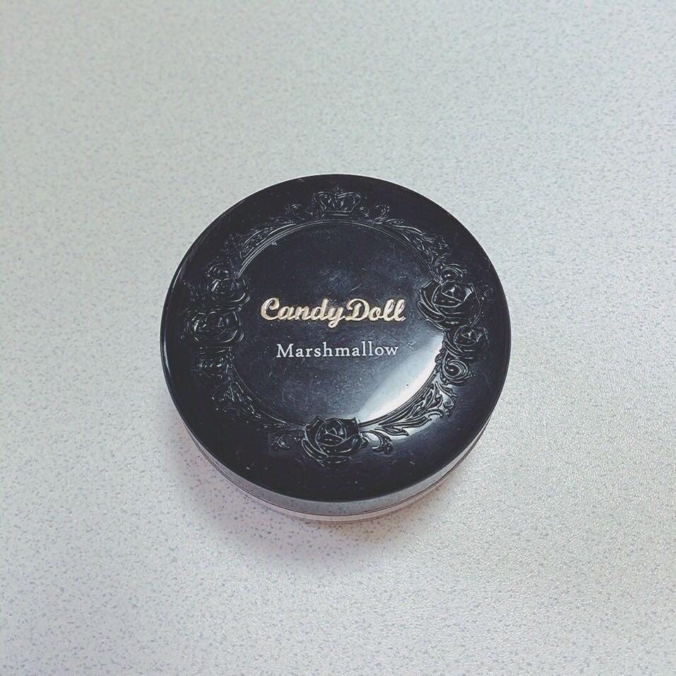 ここからはたまにすること!わたしはマット肌が好きなのでたまにこのキャンディドールのフェイスパウダーマシュマロをのせてます!