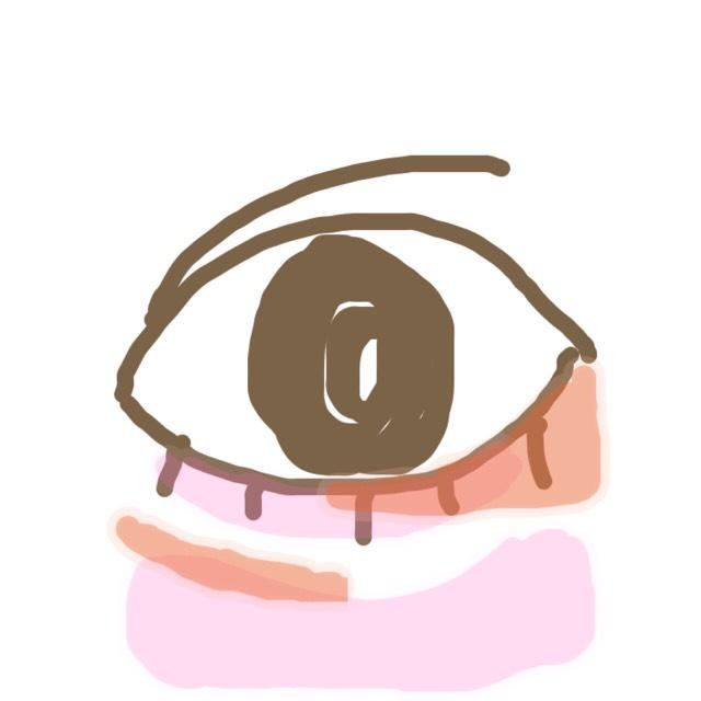 STEP2 「涙袋の影とたれ目をつくる」 オレンジの部分にアイブロウペンシルで目頭の方の涙袋の影を濃くします。ポイントは細く描くこと!広く描くとクマに見えちゃうので注意! 目尻の下まぶたに影を描いてたれ目を作ります。