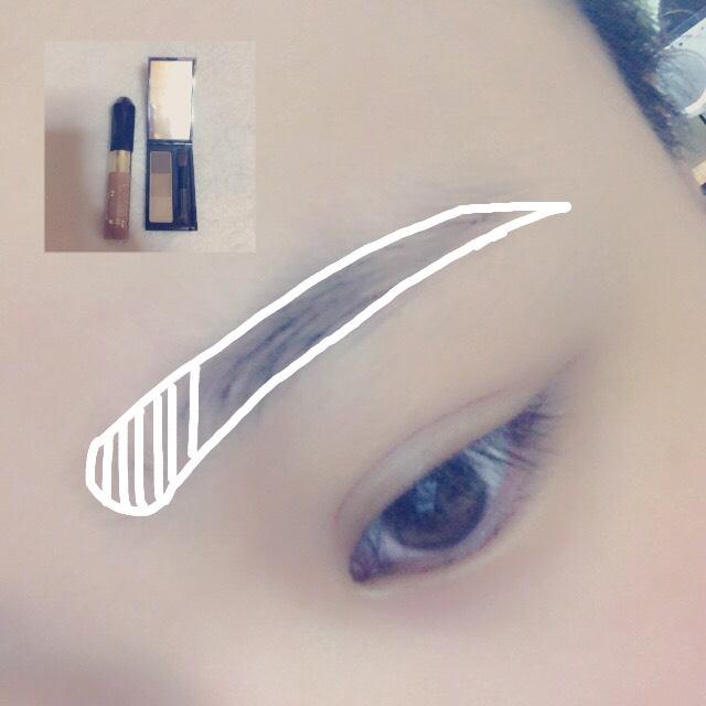 ビボの眉ペンで眉の輪郭を描いて、パウダーで埋めます! そして眉マスカラをぬります!