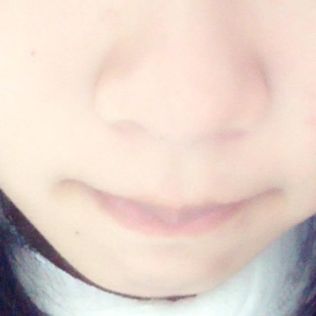 唇の血色を良くする唇メイクのBefore画像