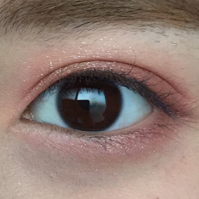 目を開けたらこんな感じです。