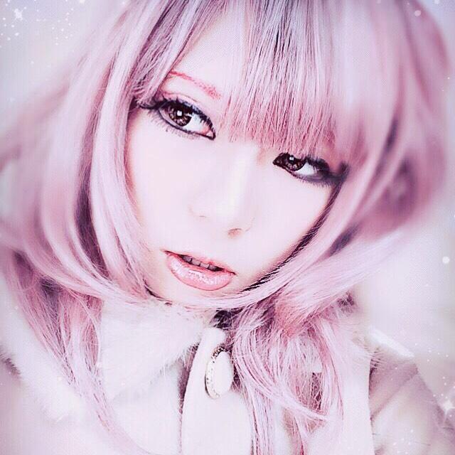 たれ目ピンク