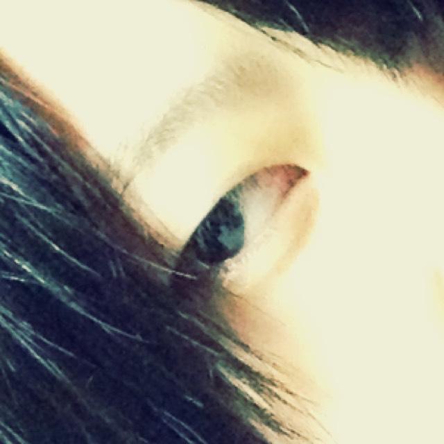 当初の私のど素顔です。(笑) 腫れぼったい目をしてます。