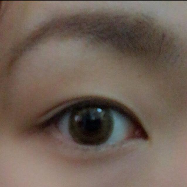 でか目丸目メイク(そのまま)のBefore画像