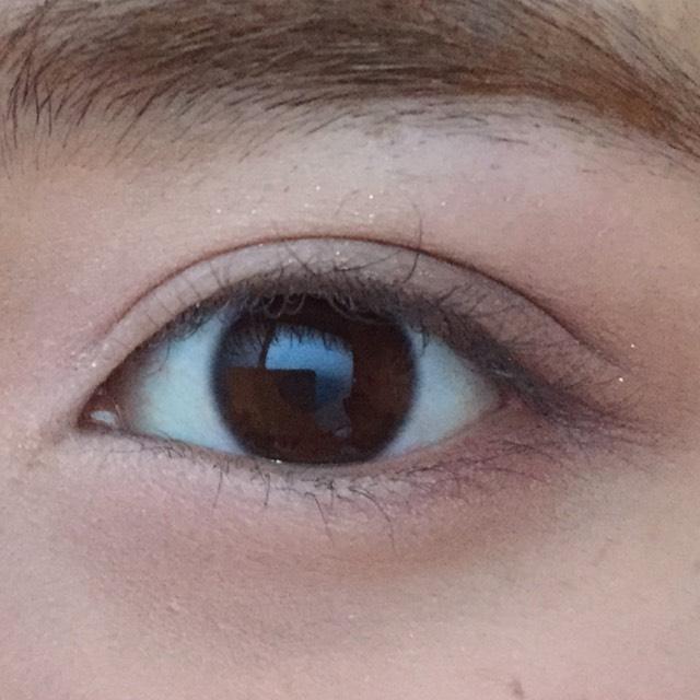 目を開けたらこんな感じになります。