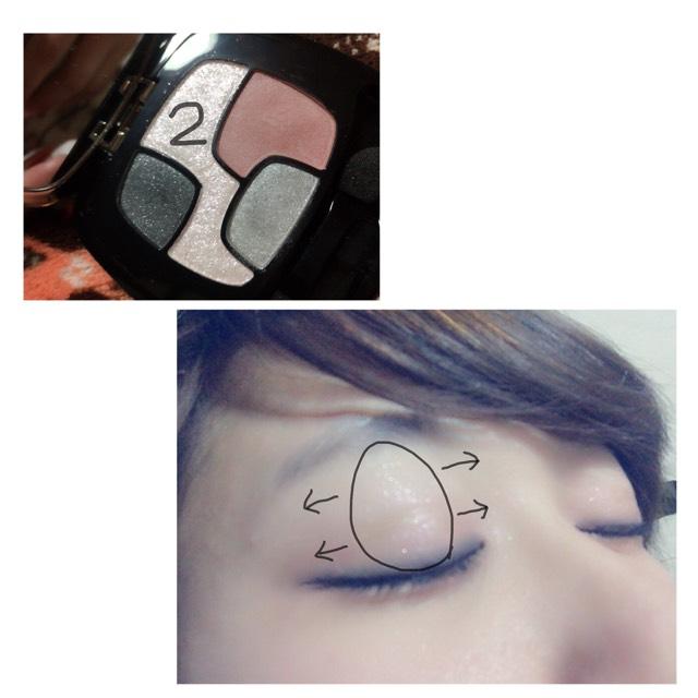 目をキラキラにするために2番のラメカラーを使います  ほんとにラメ感がすごいので少量でとって  目の真ん中から縦に いれてそこから左右にのばすと目に立体感がでます