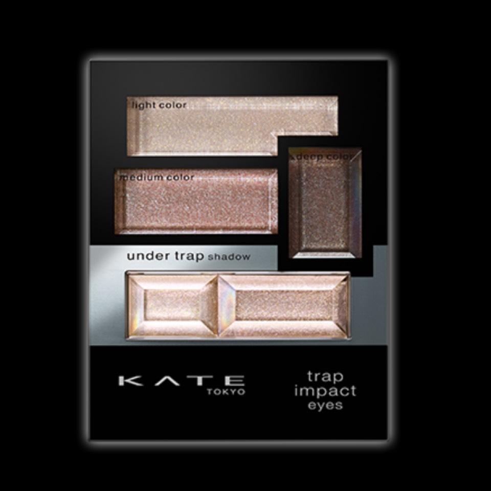 次にKATEのアイシャドウ。 私が使ってるのはこの色ではなくて、ゴールド系の色です~!