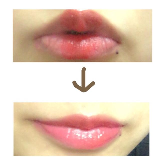 唇はマットな赤リップで上の画像のようにぬります。そのあと、(キャンメイクステイオンバームルージュ11)を重ねて付けます