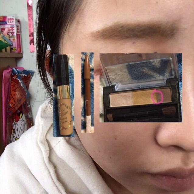 粉のほうを眉全体にのせて、眉尻だけペンシルでかきます! 最後に眉マスカラを〜(^◇^)