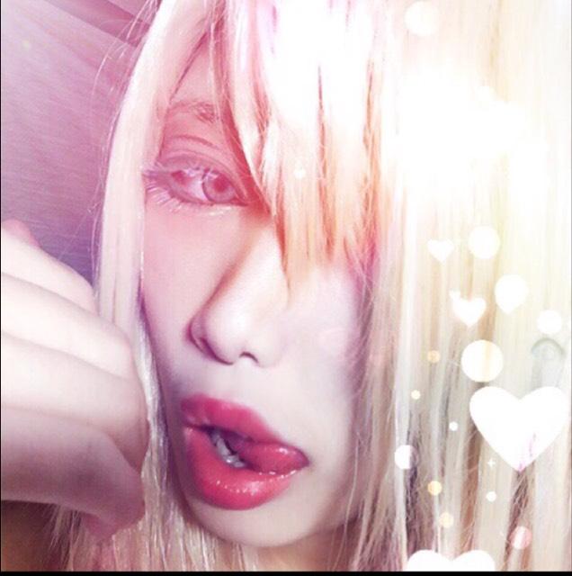 kiss……???