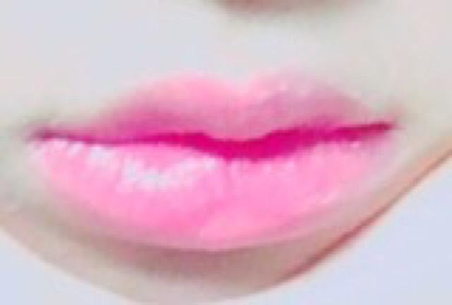 リップはちふれのピンクの口紅。