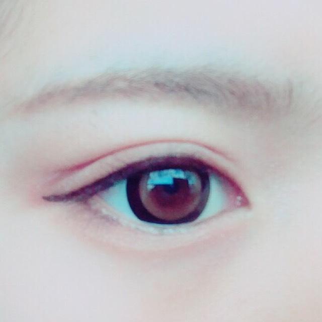 次に眉毛を書きます  使うアイブロウは  リンメルのアイブロウ ペンシル&ライナー  これを使用します