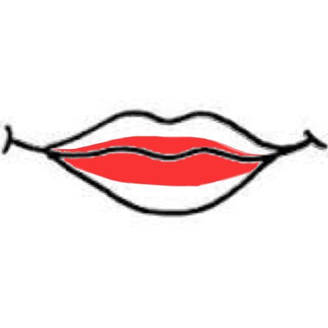 口紅は中心部分にだけ、真っ赤なやつを  境目だけ軽くぼかします