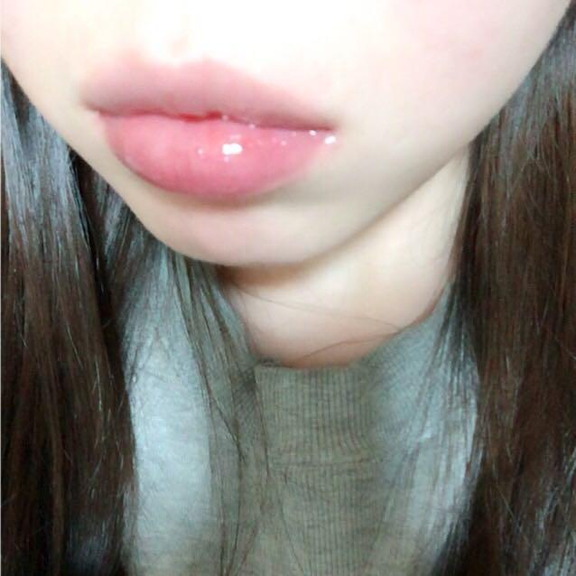 下唇だけ黒グロス使用しました。 あまり分かりませんね(TT)