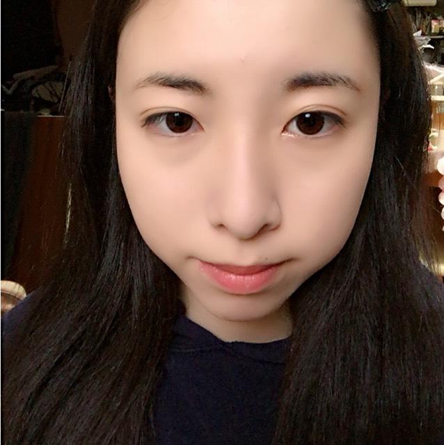自己流白雪姫メイクのBefore画像