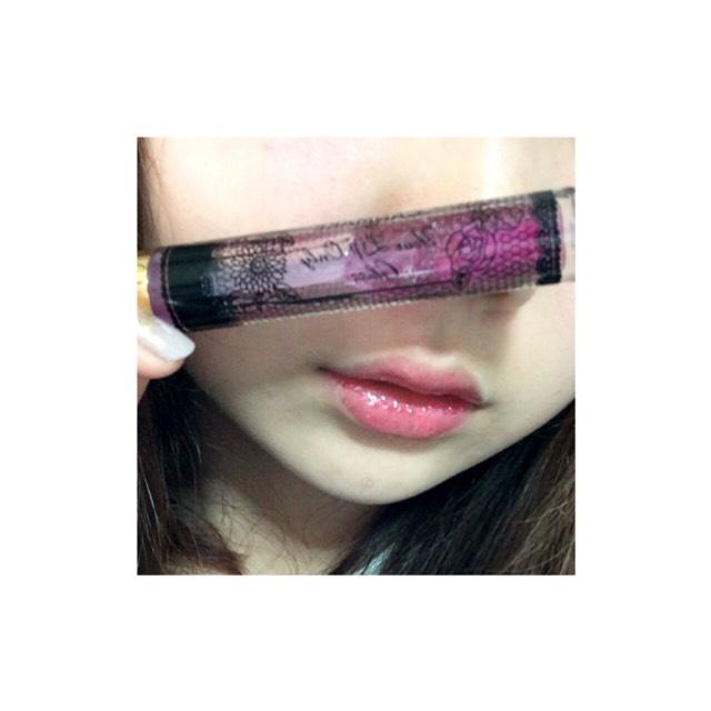 リップはCANMAKEのYour Lip Only Gloss(03)です  このグロスは個人的にホントにオススメ◎◎