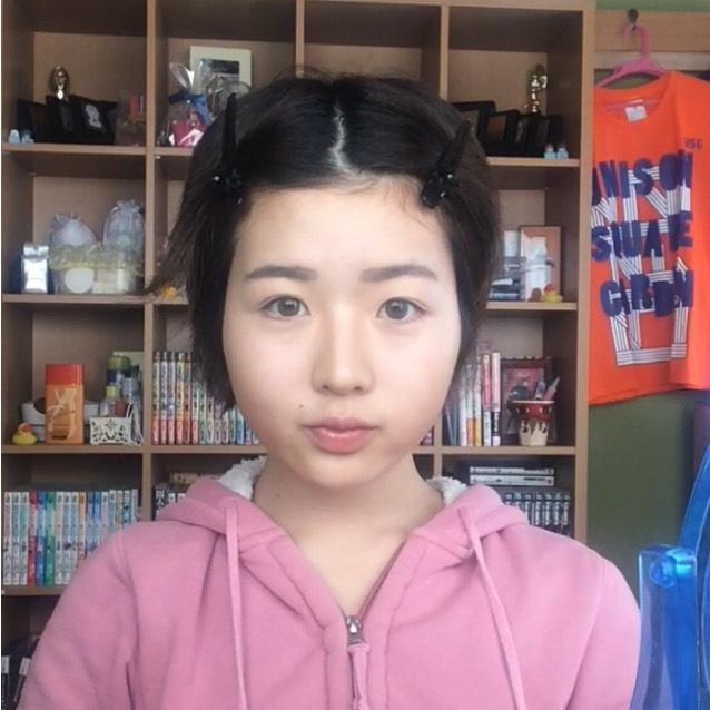 眉毛はなるべく平行に近い形になるようにがんばります。なるべく。