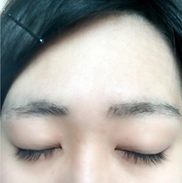 男装眉毛(加工有)のBefore画像