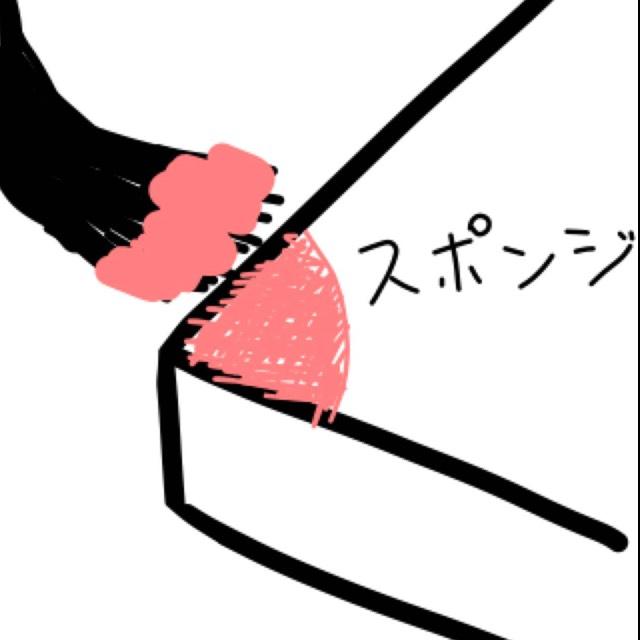 スポンジの隅っこに半径1cm位を目安にネイルカラーをぬりぬりします。