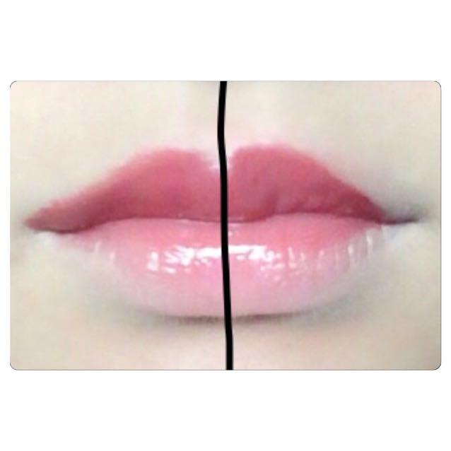 《比較》 右は唇にそって塗り、左は点線の範囲で塗りました。