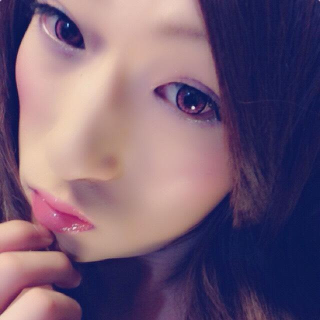 ピンクカラコンのAfter画像