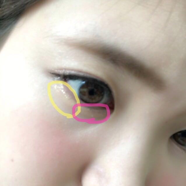 下まぶたにはゴールドラメ(キャンメイク)を目尻から黒目まで入れ、マジョリカマジョルカの先ほど使わなかった薄ピンクを目頭から黒目までいれます。アイライナーは粘膜を埋めるように、マスカラは上下に重ね塗りします!