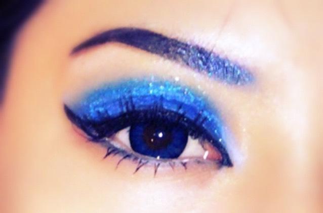 ブルー makeup