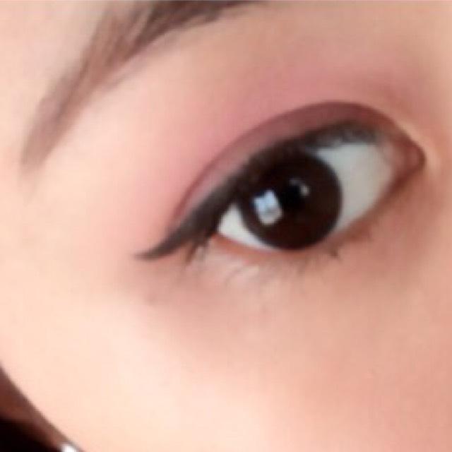目だけAriana Grande風メイク