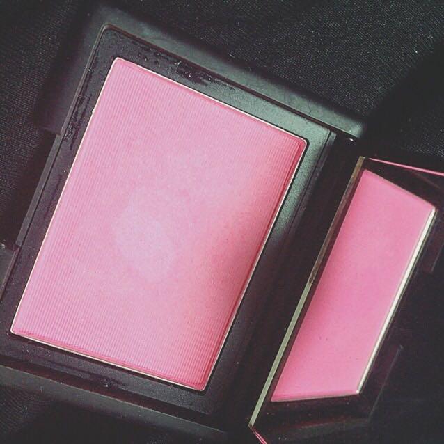 NARSブラッシュ4001  めちゃくちゃピンクで とても可愛いです♡♡