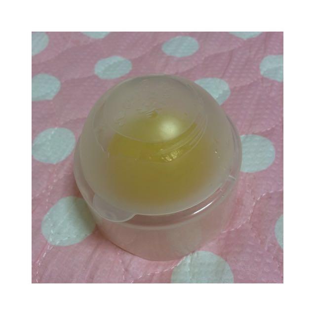 ♡洗顔 蒟蒻しゃぼん 京都蒟蒻しゃぼん 柚子 ・手に3〜4回擦り付けて取りしっかり泡立てて洗顔します。