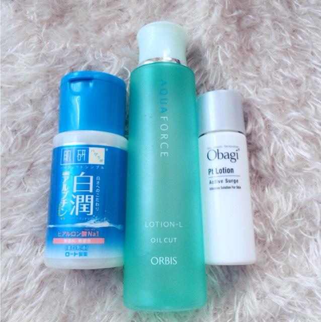 濃いめに化粧をするのでしっかり保湿します。 オルビス化粧水さっぱりタイプ☞obagiローション(試供品)☞白潤乳液の順番でつけています。 obagiのローションは高いだけあってとても良いです...!!買うこと決めました( ´ii`。)