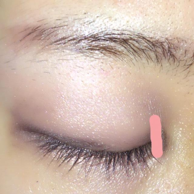 ④で目頭に 切開ラインを入れます  これだけで 目の大きさが かなり違って見えるので 必ず♡