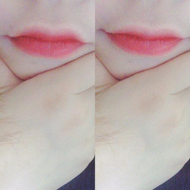 赤リップを 唇の中心からじゅわ〜 っとにじみでるように 外側にぼかします