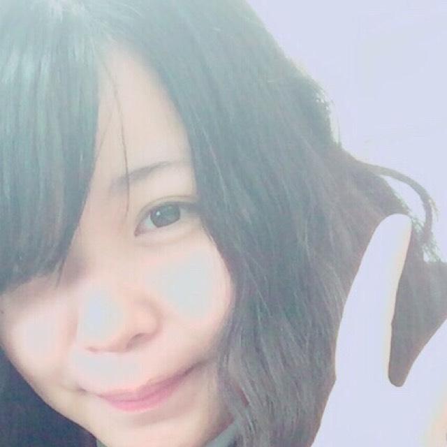 E-girls・flower 藤井萩花風メイクのBefore画像