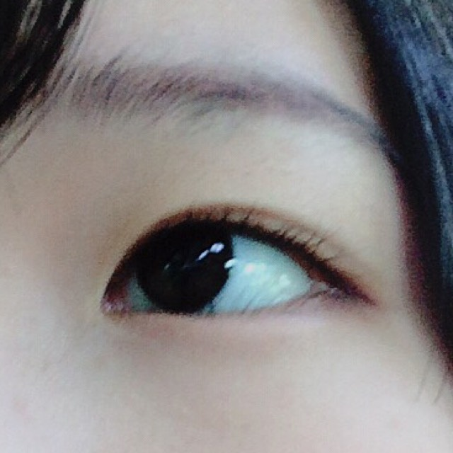 眉毛に赤茶がマイブーム。