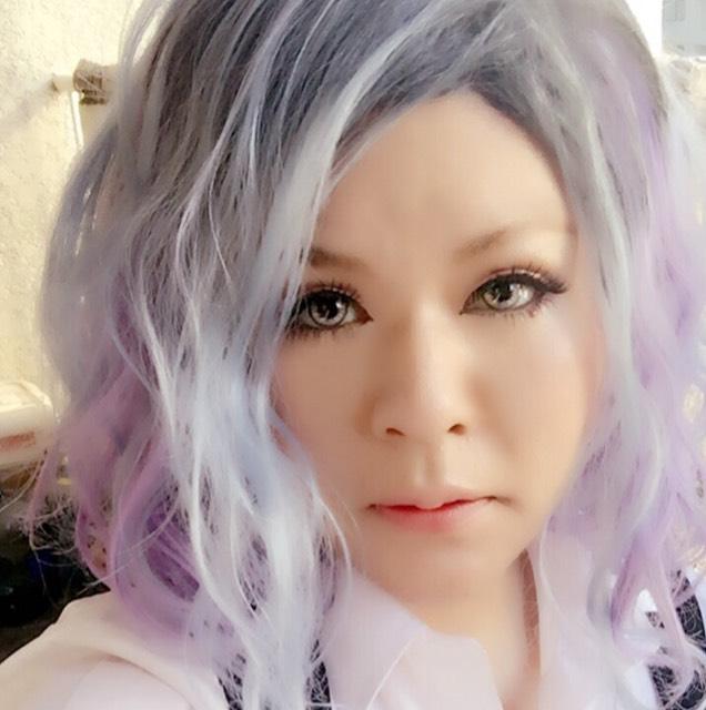 派手髪メイク