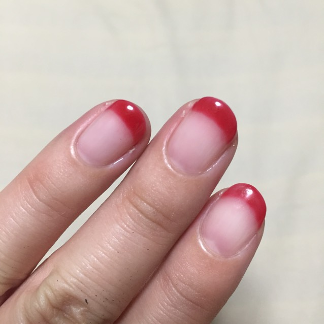 赤フレンチネイル