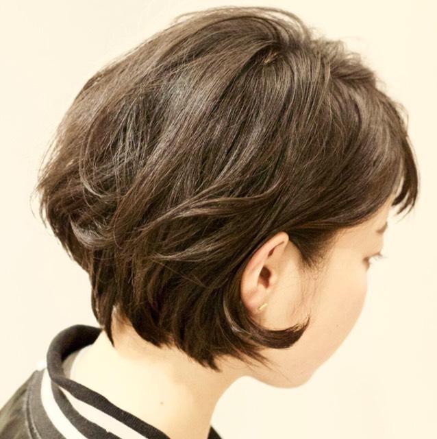 ふんわり巻きショートヘア