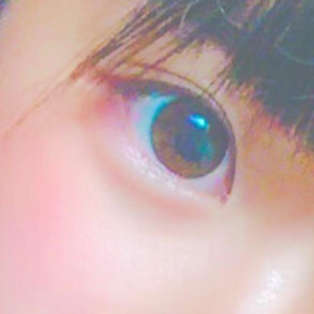 裸眼・赤メイク