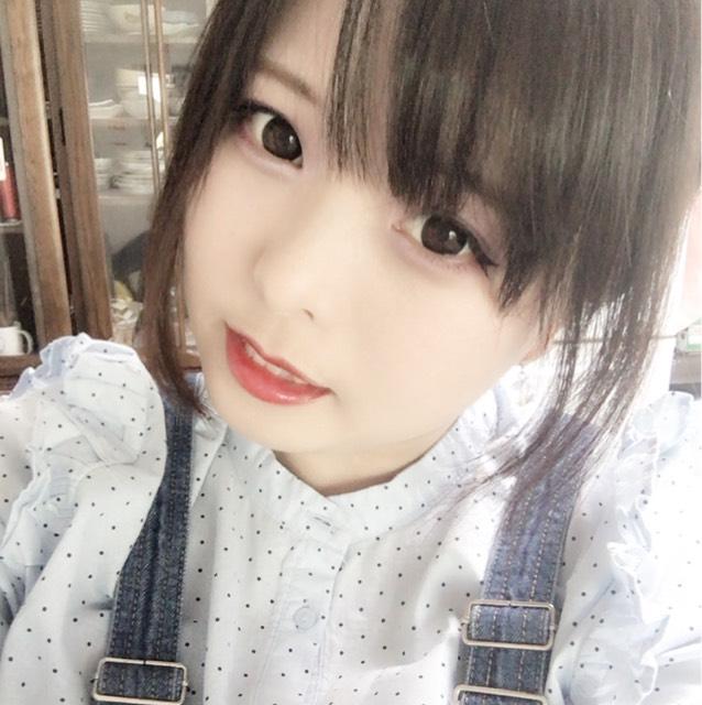 ガッツリ黒コンデカ目メイク