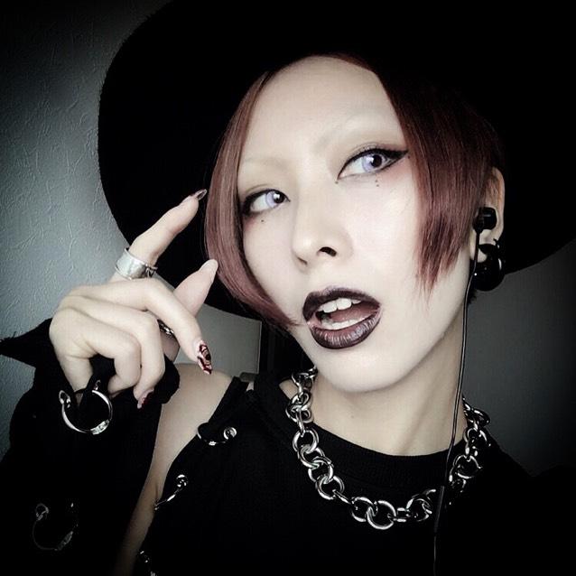 十Gothicブラックメイク十
