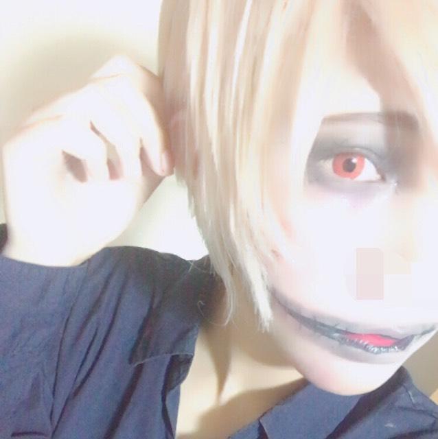 ハロウィンメイク〈口裂け〉