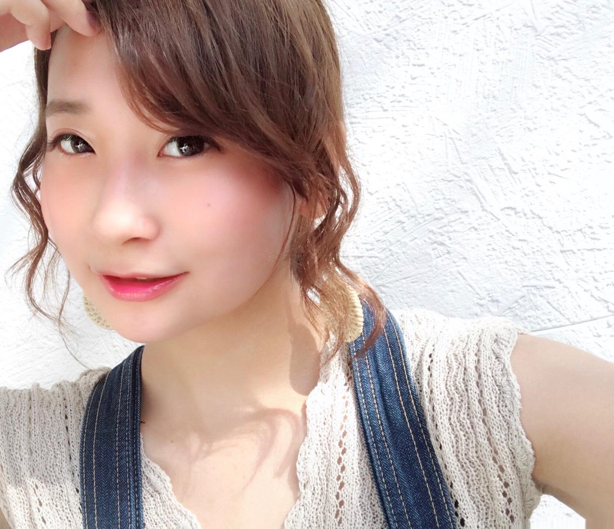 小嶋陽菜さんモデル!FAIRYカラコン(カーキブラウン)着画レビュー